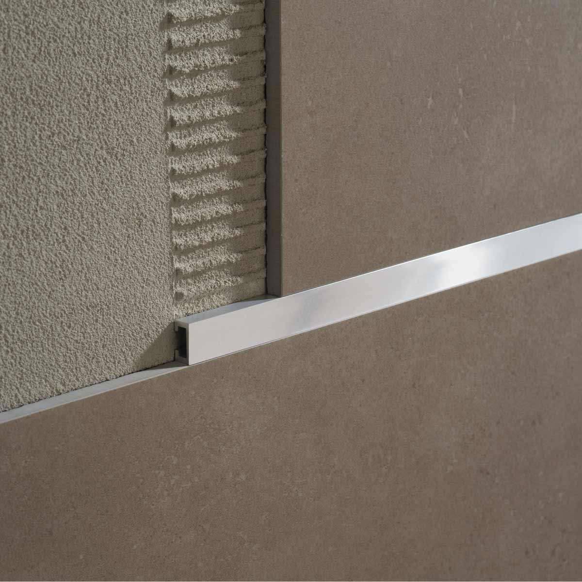 Profili per rivestimenti Profili decorativi per pareti Profilitec