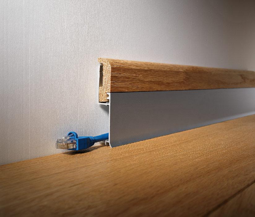 Battiscopa per gradini in laminato BI 800